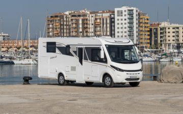 Rent Benimar Aristo 660